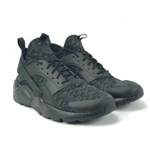 big sale 27fa3 bd11b Nike Shoes - Nike Air Mens Huarache Run Ultra SE Shoes Sz 10.5